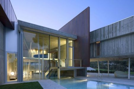 Piscine & Grande Façade Vitrée - Summer-Residence Par Fuses Viader Architects - Calonge, Espagne