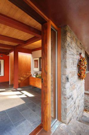 Porte vitrée entrée coulissante - Ellis Park House par Altius Architecture - Toronto, Canada