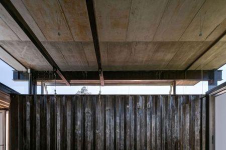 Poutre Métalliques Charpente - RDP House Par Daniel Moreno Flores - Pichincha, Equateur