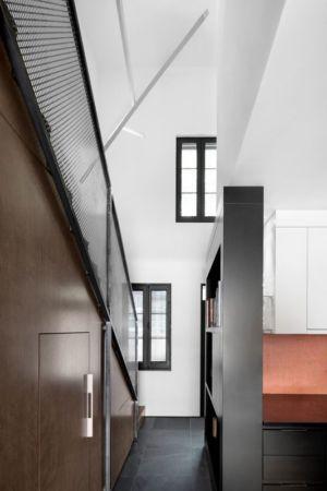 couloir et rangements - Résidence LeJeune par Architecture Open Form - Montréal, Canada