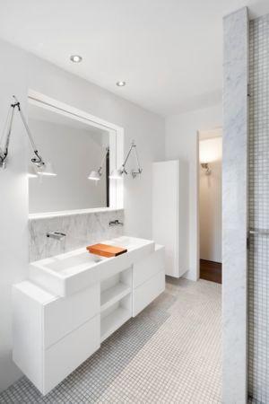 salle de bains - Résidence LeJeune par Architecture Open Form - Montréal, Canada