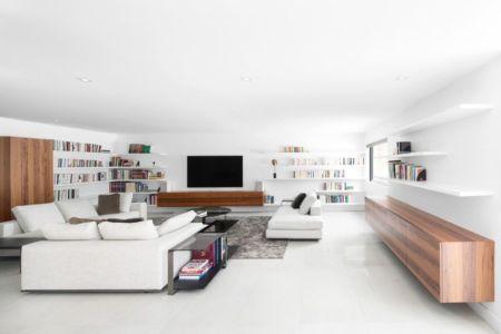 Salon principal intérieur - Résidence du Tour par Architecture Open Form - Québec, Canada