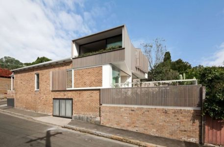 Route Principale & Clôture - Balmain-House Benn & Penna Architects - Sydney, Australie