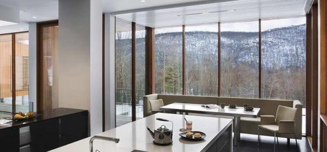 Séjour et cuisine - bridge-house par Joeb Moore & Partners - Kent Connecticut, USA