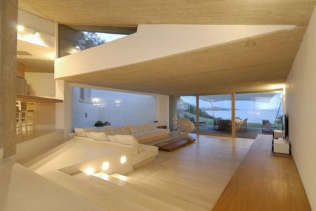 Salon - Maison en béton par Luca Marastoni - Sardaigne, Italie.jpg