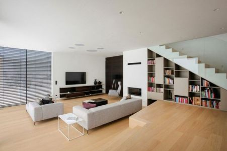 Salon & écran TV - Maison En T Par SoNo Arhitekti - Slovénie