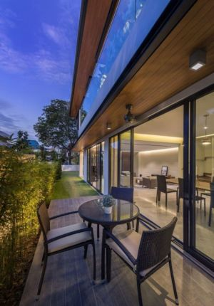 Salon Terrasse Design - Spacious-Home Par ADX Architects - Singapour