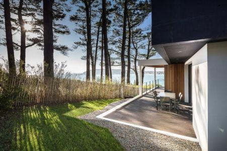 Terrasse Design et Clôture - house-crozon par Pierre-yves Le Goaziou - Crozon, France