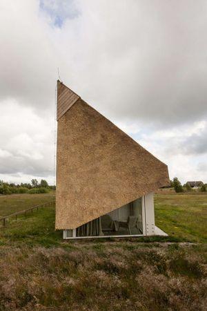 Toiture Au Ras Du Sol - Dune-House Par Archispektras - Lettonie
