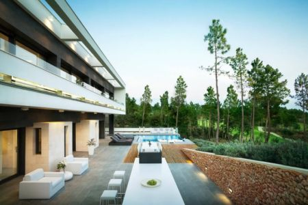 Vaste terrasse et terrasse - la-vinya par Lagula Arquitectes, Malavella, Espagne