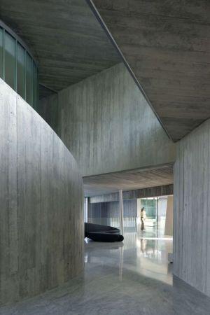 Vaste Couloir - Summer-Residence Par Fuses Viader Architects - Calonge, Espagne