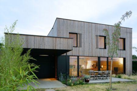 Villa B bioclimatique BBC Effinergie par Tectoniques - Caluire et Cuire (69) - via le courrier de l'architecte