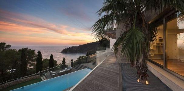 Vue Panoramique - Casa Llorell par dosarquitectes, Costa Brava, Espagne