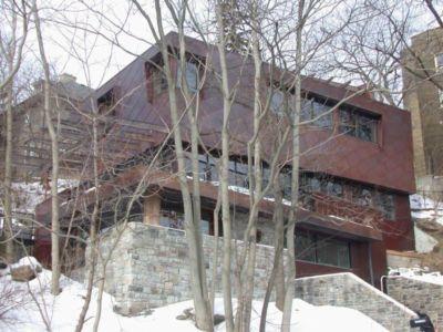 Vue d'ensemble neige - Ellis Park House par Altius Architecture - Toronto, Canada