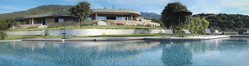 Vue façade piscine - Villa Zed à Propriano, Corse