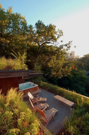 Vue panoramique salon terrasse design - Ellis Park House par Altius Architecture - Toronto, Canada