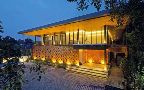 Vue D\'ensemble Illuminée - Akanaka Par RAW Architecture - Jakarta Indonésie