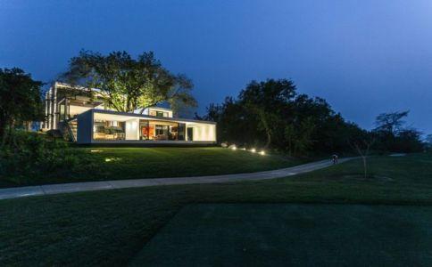 Vue D\'ensemble Illuminée - Casa-Guazuma Par Alberto-Zavala - Tabasco, Mexique