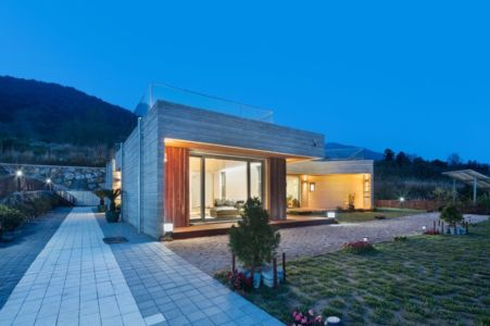 Vue D\'ensemble Illuminée - House-Dongmang Par 2m2 Architects - Geoje, Coree Du Sud