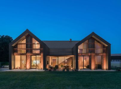 Vue D\'ensemble Nuit - Family-Villa-XL - Sono-Arhitekti - Slovenie