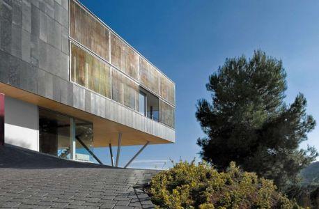 Vue Poutres Sur Pilotis & Ouverture Vitrée - Coma-House-2 Par Juan Marco - Castellón De La Plana, Espagne