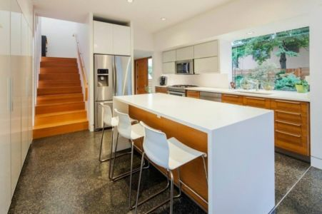 lot central cuisine - Double High House par Checkwitch Poiron Architects - Nanaimo, Canada - Concept Photography