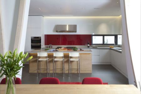 îlot central de cuisine - Downley House par Kuche Design - Hampshire, Royaume-Uni