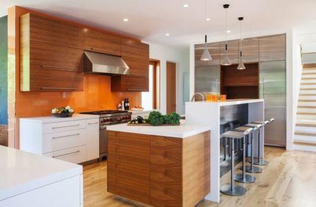 cuisine et son îlot central - Los-Altos-House Dotter Solfjeld Architecture - Los Atlos, USA