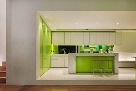 îlot central de cuisine déco verte - white cube par Matt Gibson Architecture - Melbourne, Australie