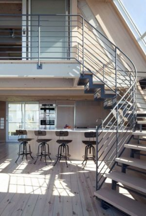îlot central de cuisine & escalier - frame-house par Bromley Caldari Architects - New York, USA