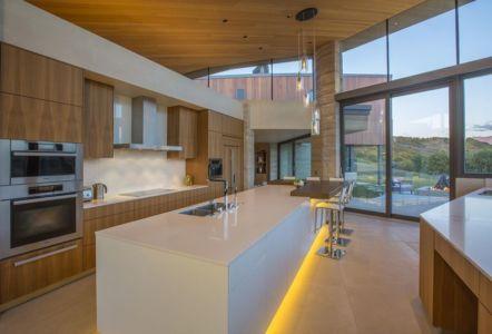 îlot central de cuisine - home-Colorado par Bill Poss - Colorado, USA