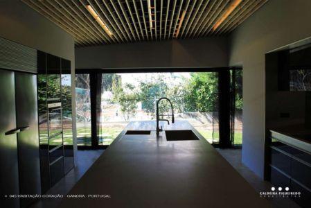 lot cuisine - Cardio House par Caldeira Figueiredo Arquitectos - Portugal