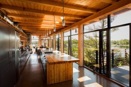 lot cuisine - Cottage Country par Core Architects - Baie géorgienne, Canada
