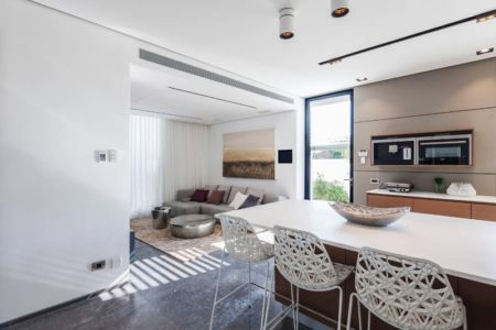lot cuisine - Maison contemporaine béton par Ron Aviv - Tel Aviv, Israël