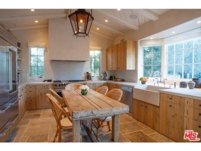 îlot central de cuisine - Superbe villa de Tom Cruise