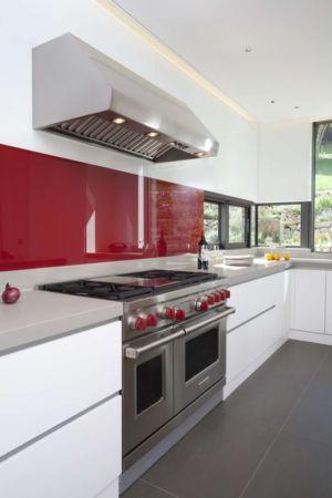 équipement intérieur - Downley House par Kuche Design - Hampshire, Royaume-Uni