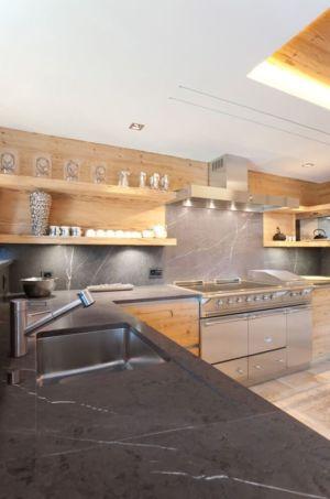 équipements de cuisine - Rougemont-Residences Plusdesign - Rougemont, Suisse