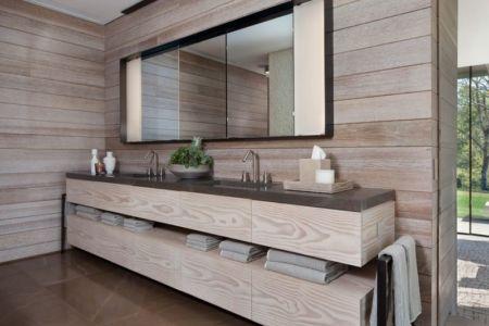 étagère & literie salle de bains  - modern farmhouse par Meyer Davis studio - Nashville, USA