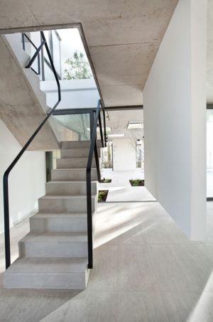 accès étage escalier - Casa Pedro par VDV ARQ - Buenos Aires, Argentine