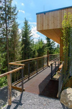 accès allée entrée - Deluxe Mountain Chalets par Viereck Architects - Styria, Autriche