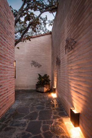 accès extérieur - Pinar house par MO+G Taller de arquitectura - Zapopan, Mexique