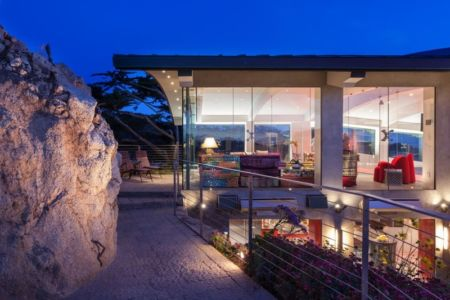 accès mer de nuit - Carmel Highlands Residence par Eric Miller Architects - Carmel-By-The-Sea, Usa