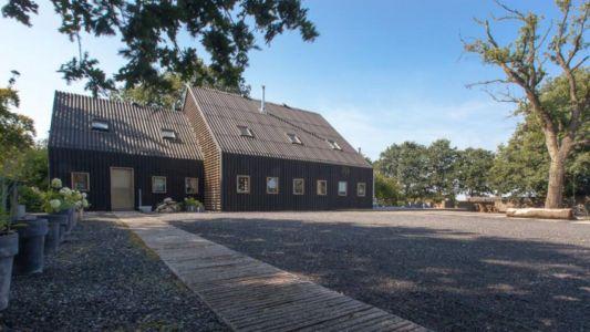 allée entrée - Donderen Barnhouse par aatvos - Donderen, Pays-Bas