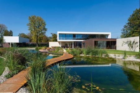 allée entrée - Villa M par Oliver Grigic - Cepin, Croatie