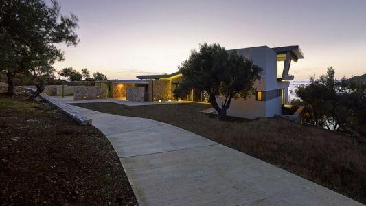 allée entrée de nuit - Notre Ntam' Lesvos Residences par Z-level à Agios - Fokas, Grèce