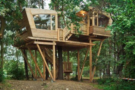 almke treehouse par baumraum est une maison de scouts située à almke près de Wolfsburg en Allemagne- photo alasdair jardine