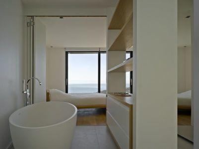 bagnoire salle de bains & chambre - Villa-Brash par Jak Studio - Saint-Tropez, France