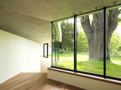 baie vitrée - Maison PLJ par Hertweck Devernois Architectes Urbanistes, France - photo Siméon Levaillant