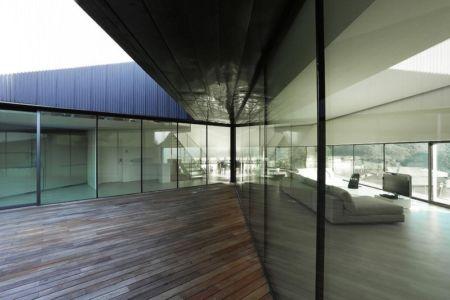 baies vitrées terrasse - Alps Villa par Camillo Botticini Architect - Brescia, Italie