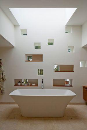 baignoire salle de bains - Jersey House par Hudson Architects - Normandie, France
